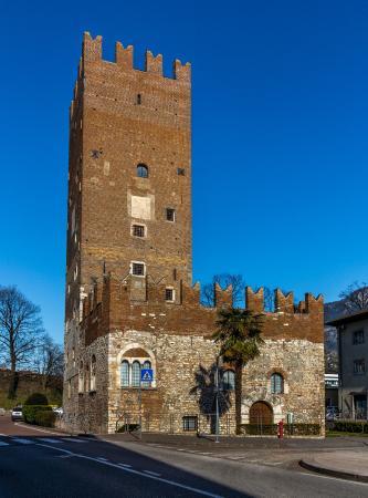 Torre Vanga
