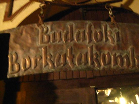 Borkatakomba Restaurant : signboard