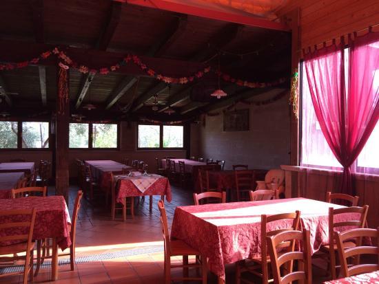 Interno Del Locale Foto Di L 39 Isola Felice Bitritto