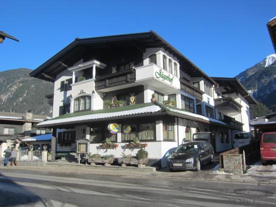 Jägerhof: Hotelansicht