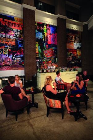 Shanghai Mansion Bangkok : Shanghai Terrace at Shanghai Mansion
