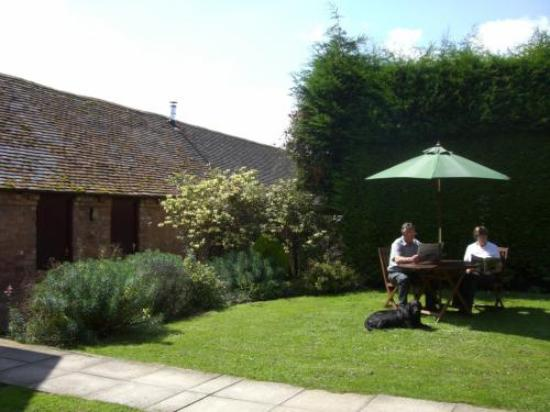 Phepson Farm B&B: The Stables in Summer