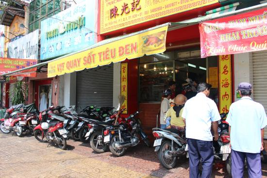 an overview of ho chi minh city 27 yrs, female, single 56 nguyen cu trinh st, dist1, hcmc, vietnam visaonlinevietnamcom 1 week ago in ho chi minh city, ho chi minh, viet nam.