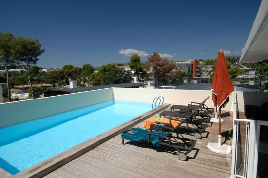 Appart 39 h tel odalys olympe antibes france voir les for Appart hotel 45