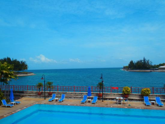 Kudat Golf and Marina Resort: The view at the lobby