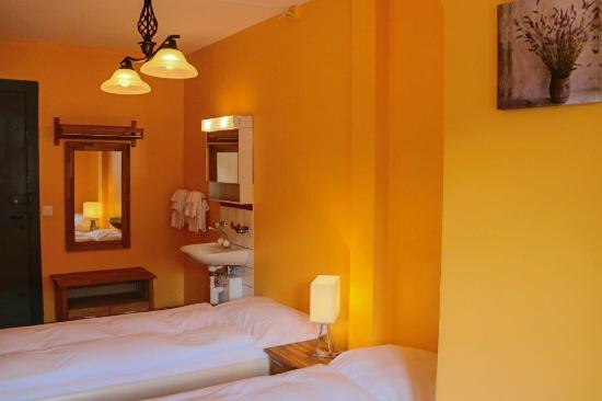 Hotel Baeren : Hotelzimmer