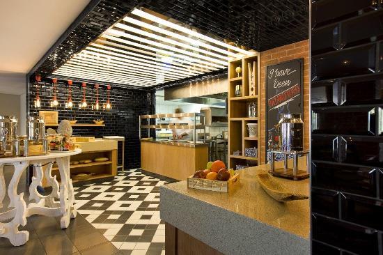 Zepi Grill & Bar