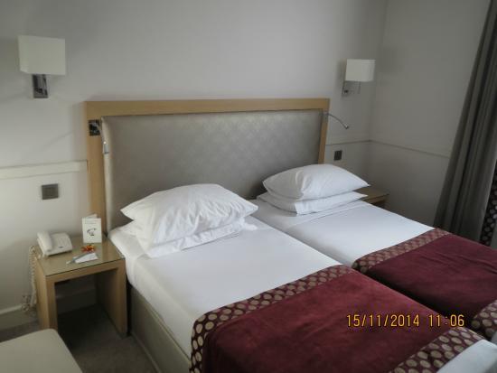 Floride Etoile Hotel: Cama
