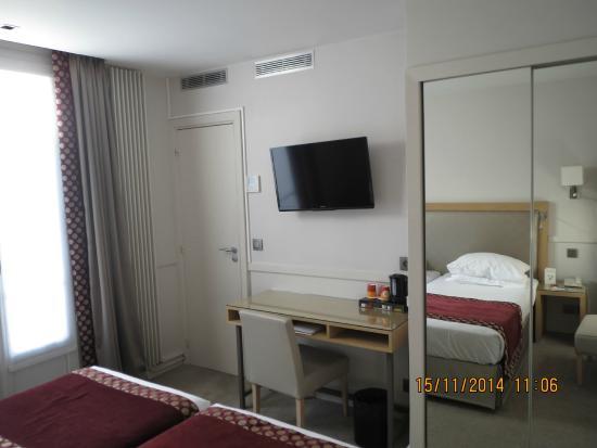 Floride Etoile Hotel: Quarto