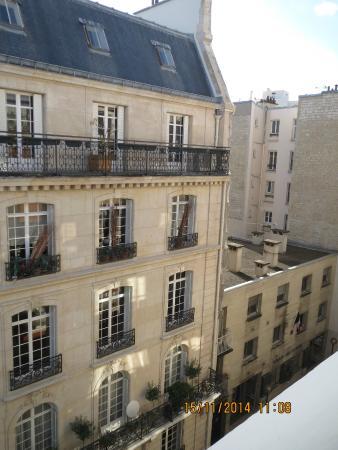 La recepci n del hotel es muy agradable picture of for Hotels 1 etoile paris