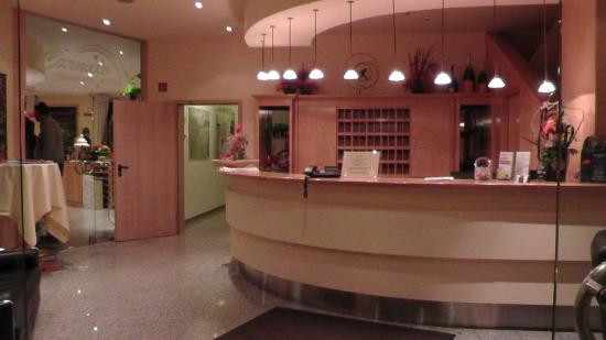 Hotel Excelsior Bochum: Rezeption