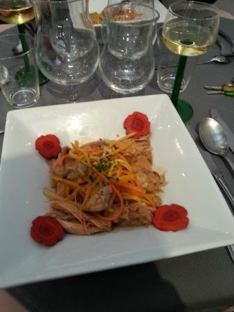 RESTAURANT Le Lion d'Or: Effiloché de lapereaux, spaghetti de légumes