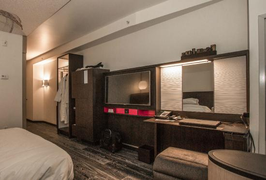 Room 1408, view 2 - Picture of Hyatt Herald Square New York, New ...