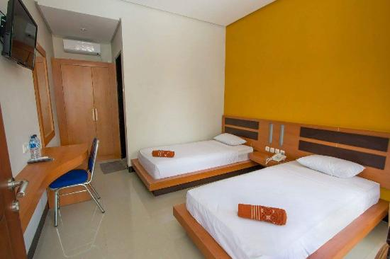 New Melati Hotel: Available Now.... Promo Price Only IDR. 260.000 / Room (included breakfast & tax). Feb - 31 Marc