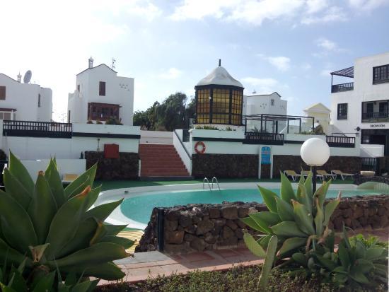 Molino de Guatiza Apartments: Piscina desde apartamento 3