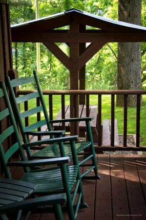 Sunset Farm Cabins : Front Porch Sitting