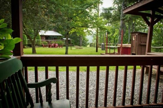 Sunset Farm Cabins: View of common green