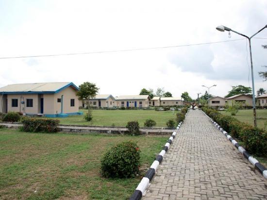 Lekki, Nigeria: Driveway
