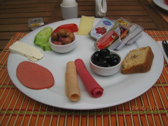 Ottoman Tulip Hotel : kahvaltı