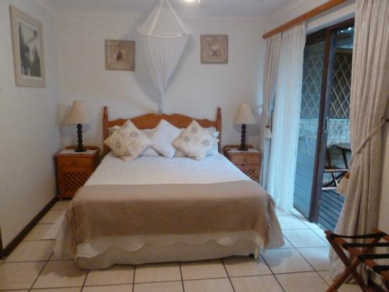 Anna's Bed & Breakfast: Lavender Room
