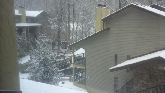 Tree Tops Resort: Snow day at Tree Tops
