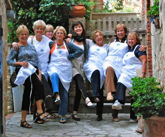 i is so good photo de tuscan women cook day classes montefollonico tripadvisor. Black Bedroom Furniture Sets. Home Design Ideas