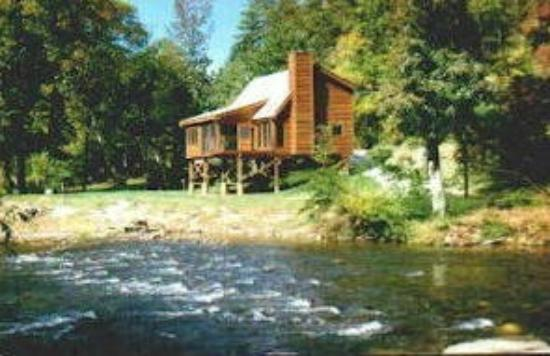 Rivermont On Little River In Townsend Tn 2 Br 2 Ba