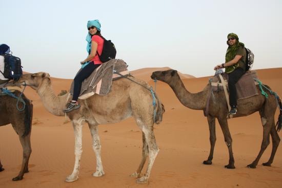 Rutas Por Marruecos Travel Services, S.a.r.l.: Increíble tarde en el desierto