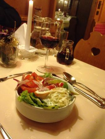 Hotel Martini: Salade bij diner