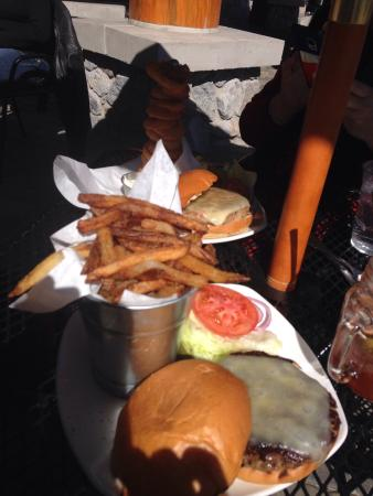 Mc P's TapHouse Grill: Burger and fries