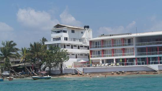 Mamas Coral Beach Hotel & Restaurant: The hotel
