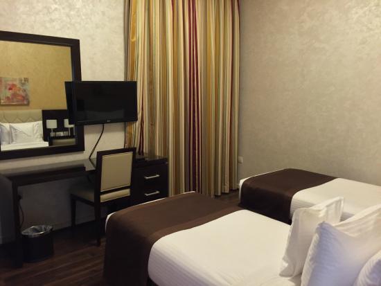 City Premiere Marina Hotel Apartments Camera