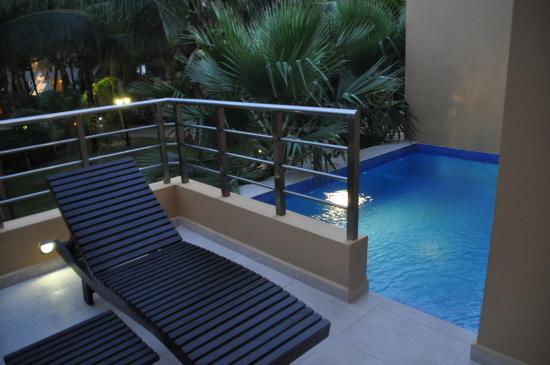 El Dorado Sensimar Riviera Maya: Our deck and pool
