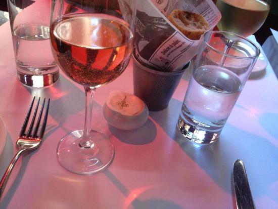 Cafe Claude: rosé