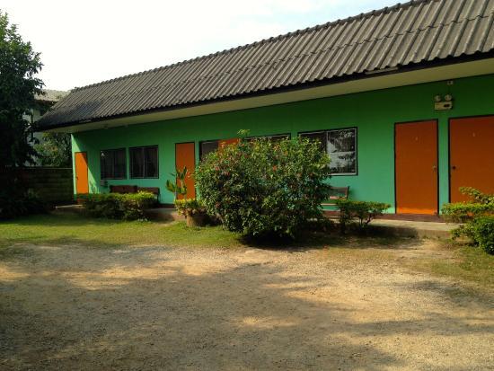 Baan Bua Guesthouse: room