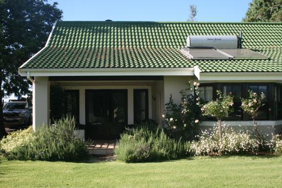 KarMichael Farm Guesthouse: Greggs Cottage
