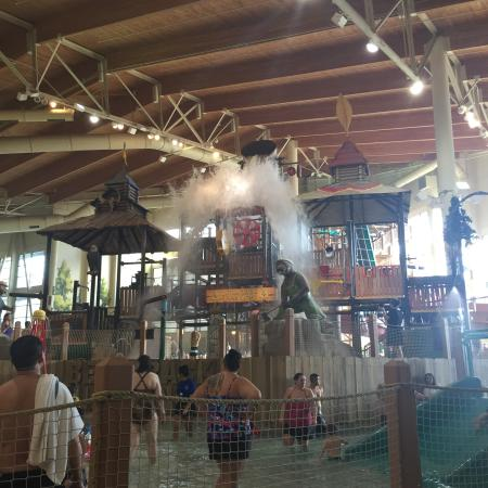 Great Wolf Lodge: Pool Area