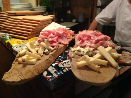 Goppa Pizzeria Restaurant Bar