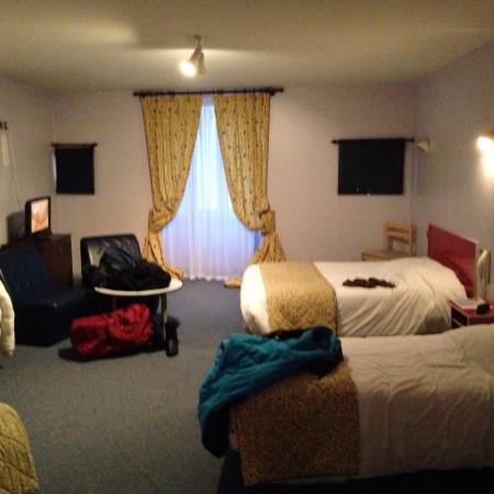 Hotel Restaurant Le Sully : Notre chambre