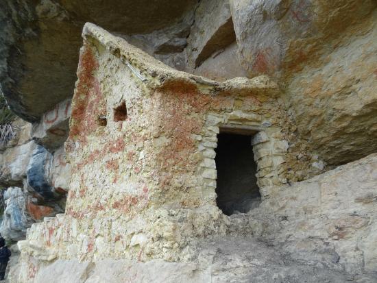 Revash Mausoleo de los Chachapoyas: Al alcance de la mano