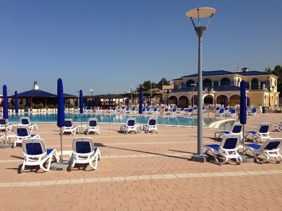 La plage priv e picture of sheraton club des pins resort for Club de piscine