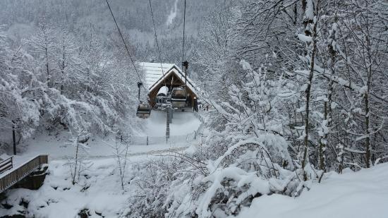 Chambres d'Hotes Les 2 M : De cabine verbinding naar Les Deux Alpes