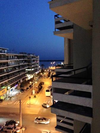 Hotel Oceanis Kavala: Beautiful Kavala at night