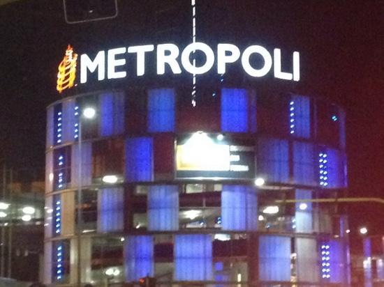 Via Carlo Amoretti 20026 Novate Milanese Milano.Centro Commerciale Metropoli Novate Milanese 2019 All