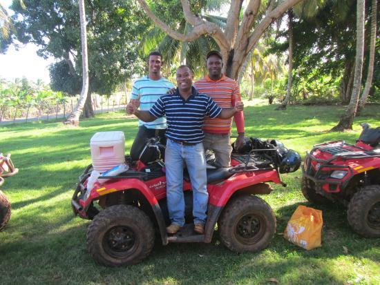 Tauro Tours: Das Team