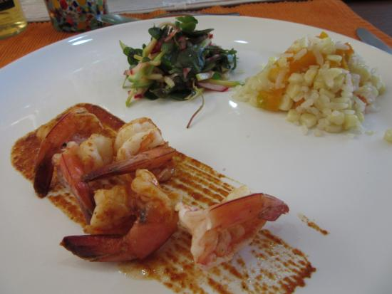 La Casa de los Sabores Cooking School: Camarones al diablo, rice w/ corn, and salad