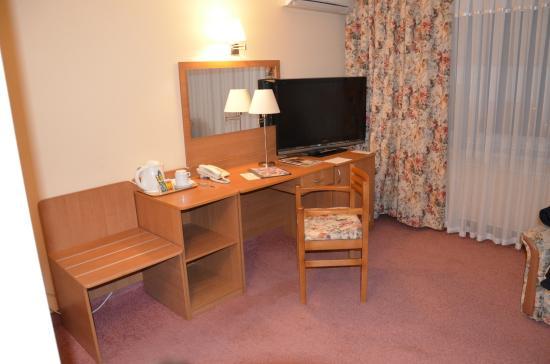Hotel Nadiya: .