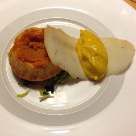 Sformatino di zucca e formaggi, gelato alla zucca e dolce croccante al parmigiano