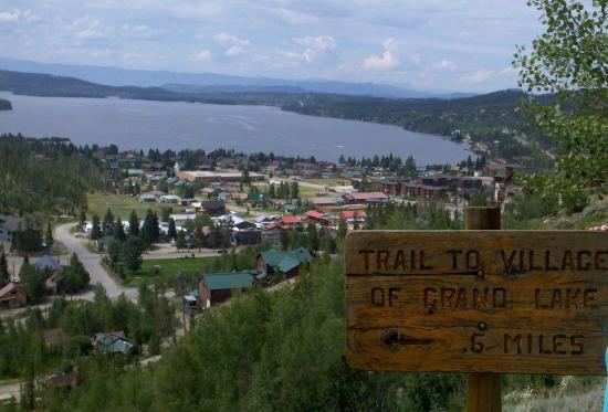 Grand Lake Lodge: Town of Grand Lake