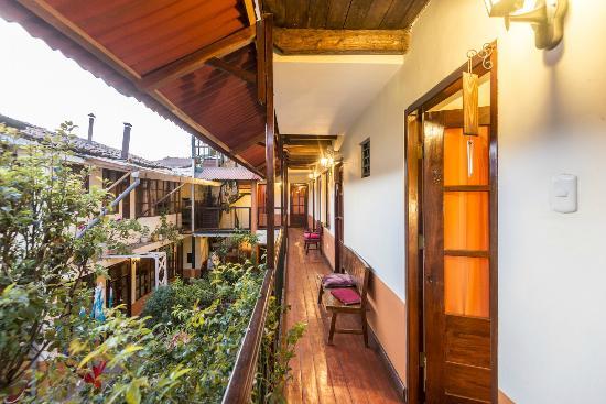 Munaycha Hospedaje : interior balcony
